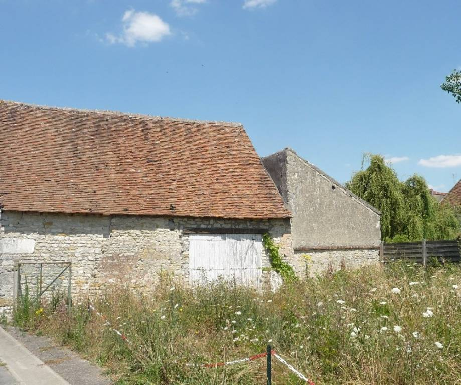 Sale Barn Beaune-la-Rolande