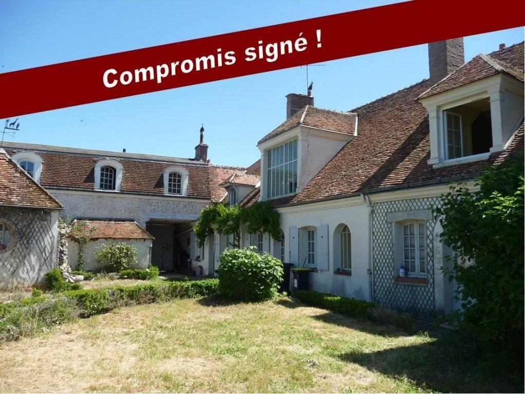 Sale House Chambon-la-Forêt