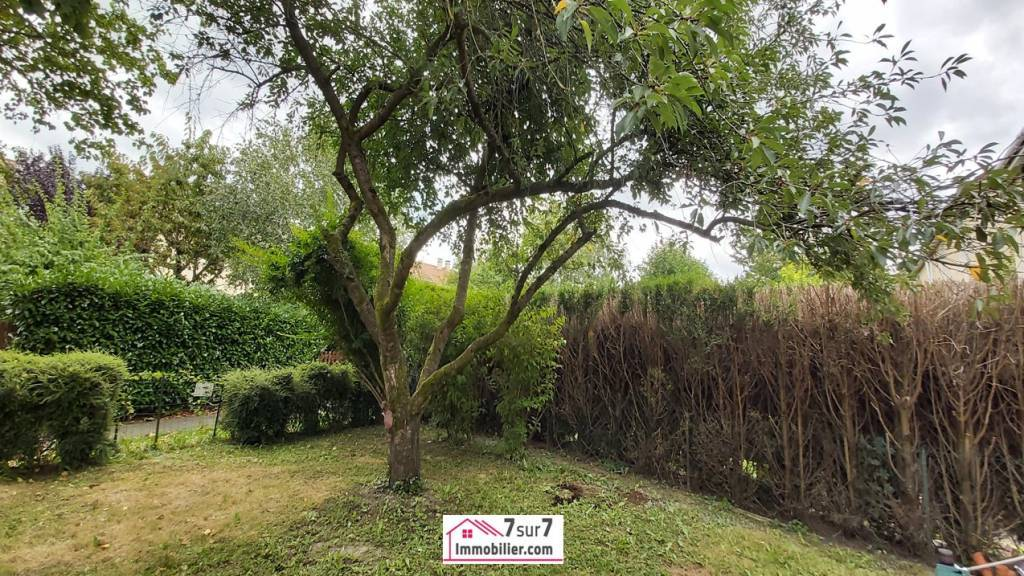 MAISON 4 CHAMBES PRES FORET  ET GARE