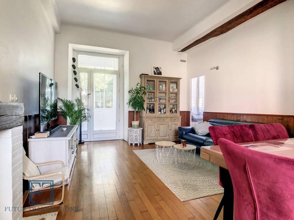 Appartement 3 pièces plein de charme...