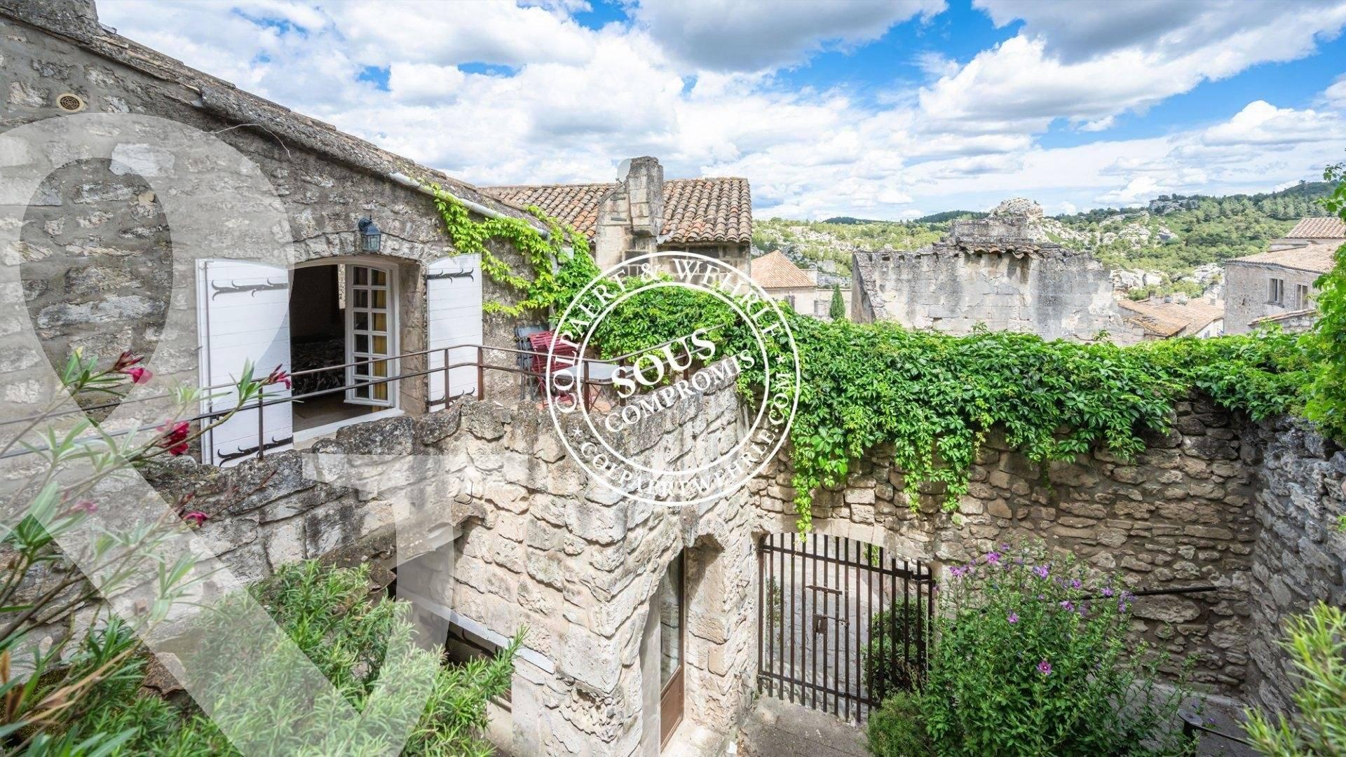 1 5 Les Baux-de-Provence