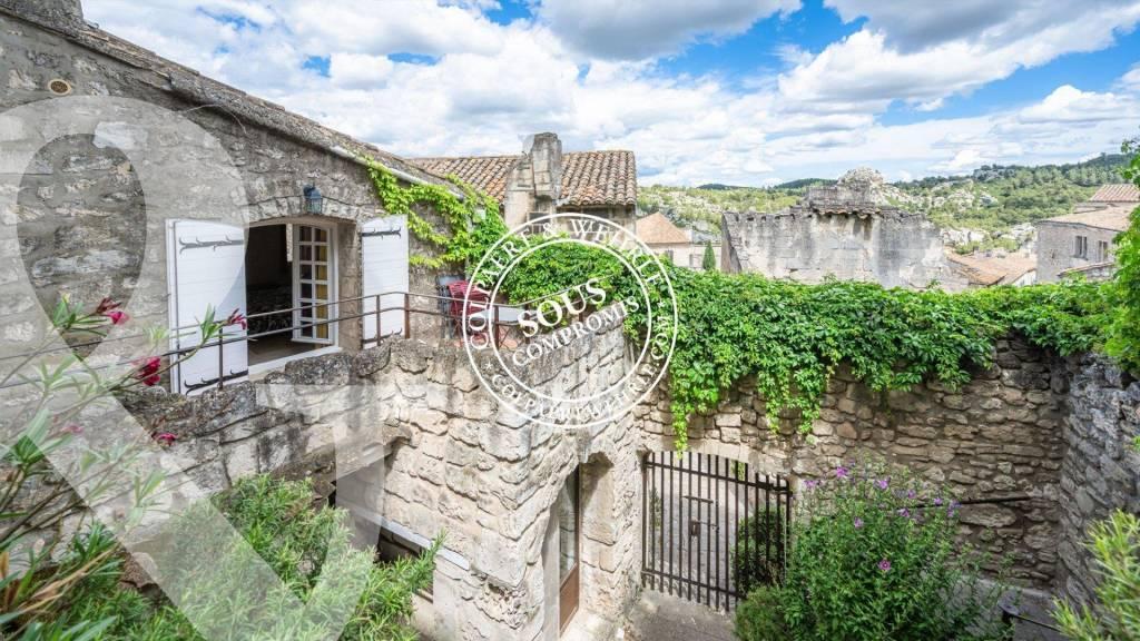 Apartment in Les Baux de Provence
