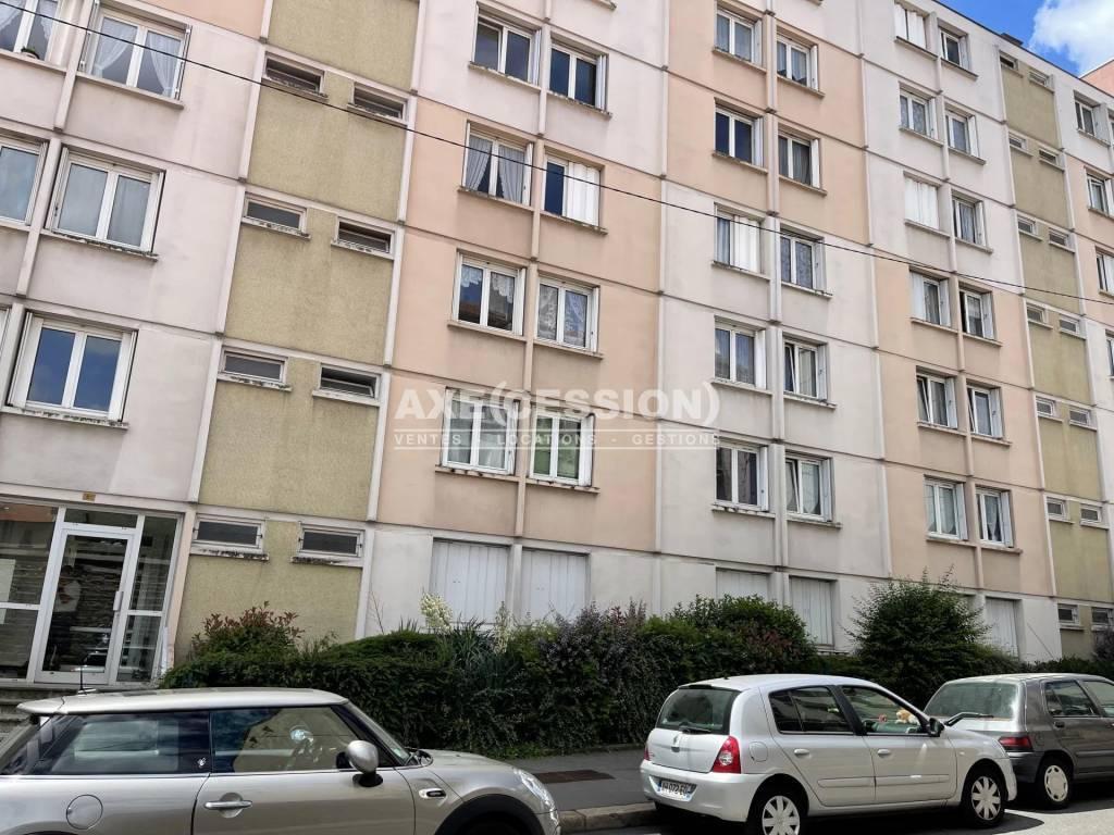 Rental Apartment Saint-Étienne Jacquard