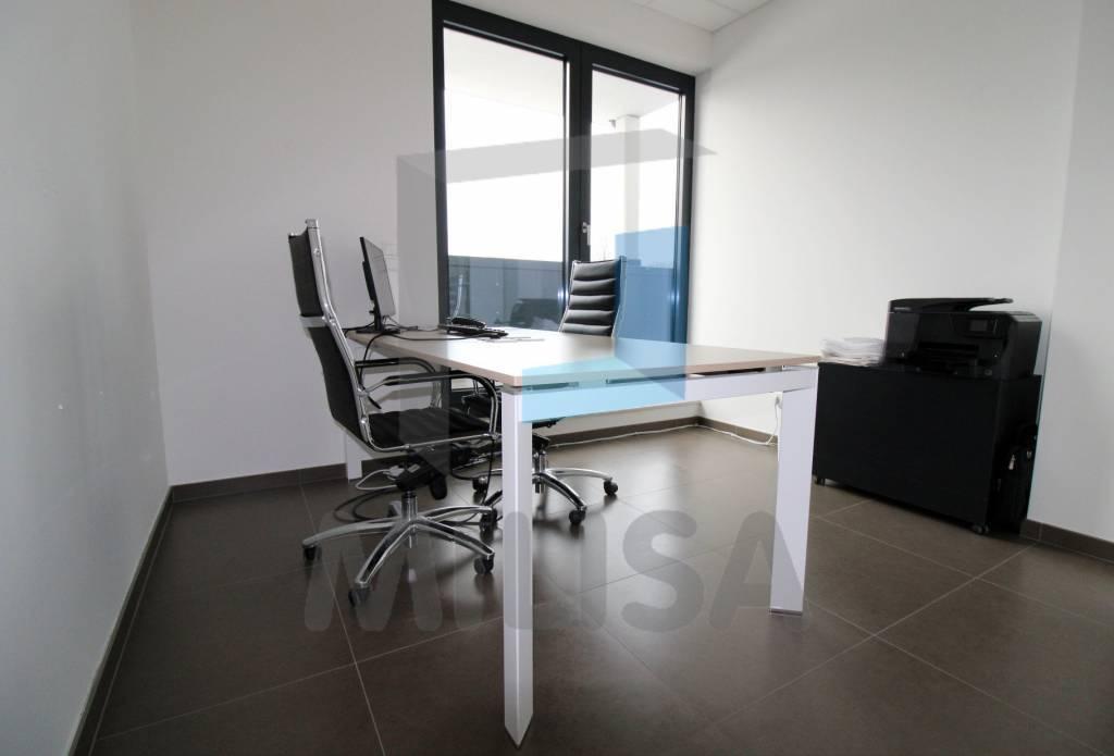 Espace de bureau à vendre