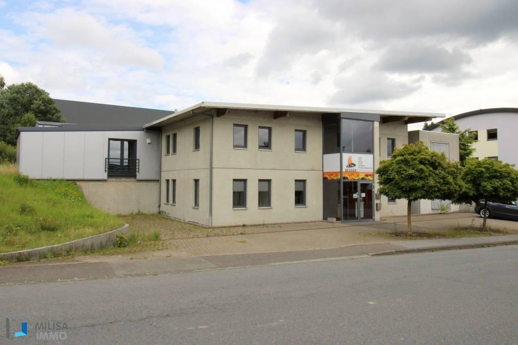 Hall industriel dans zoning