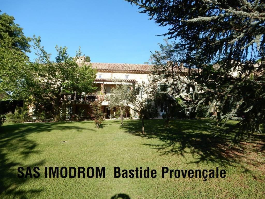 Bastide en Drôme Provençale