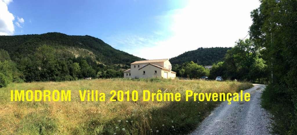 Très belle villa année 2010 en Drôme Provençale