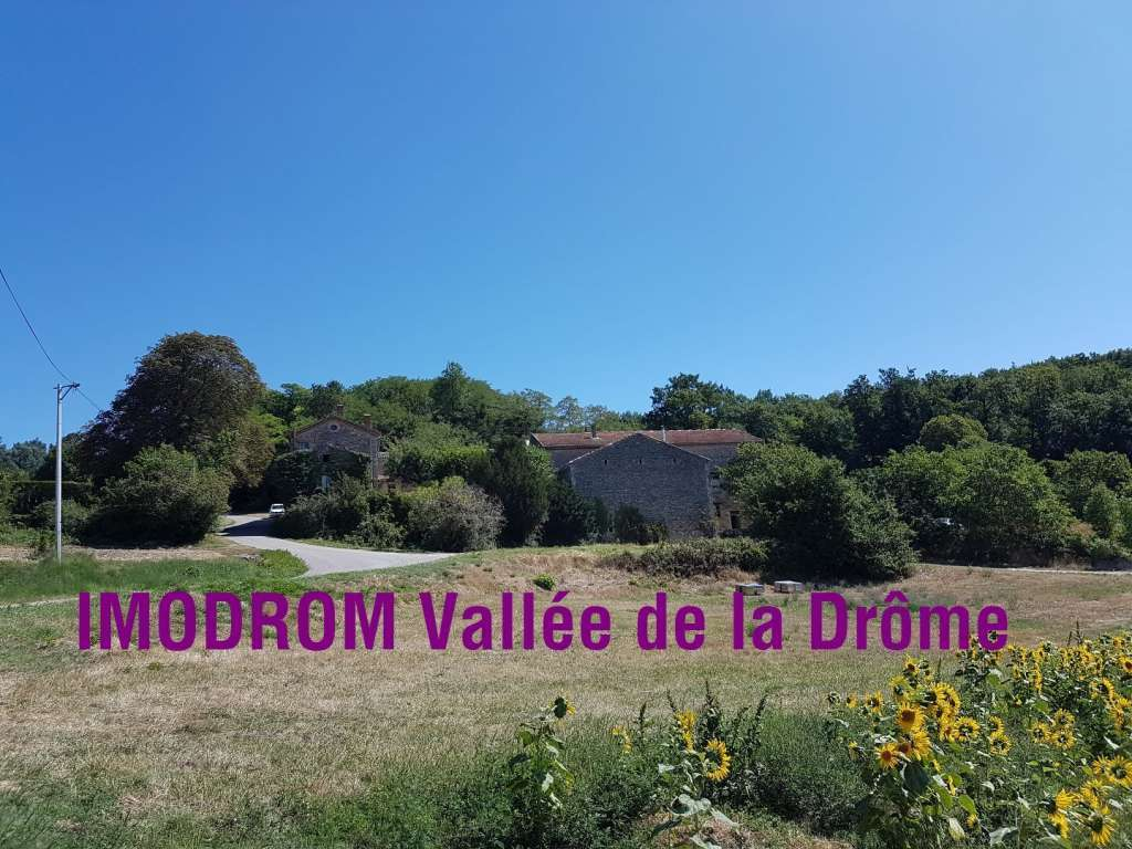 Bastide entre Vercors et Provence Vallée de la Drôme  Proche Crest.