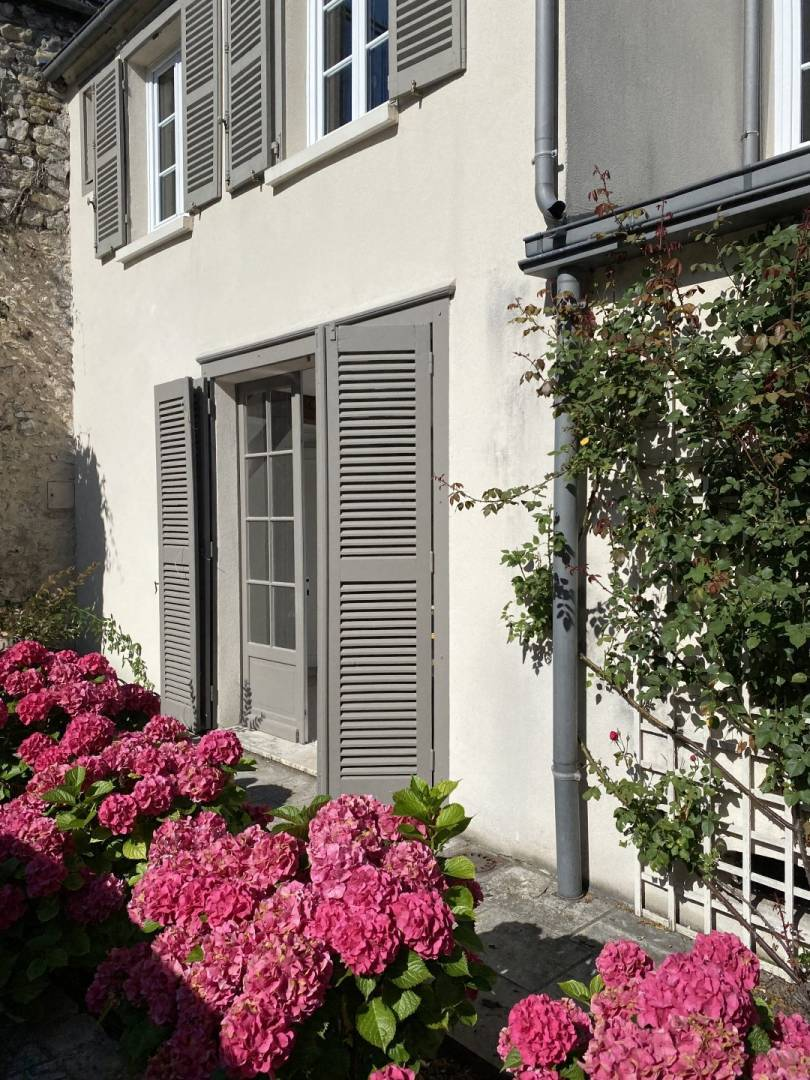 2 33 Chartres