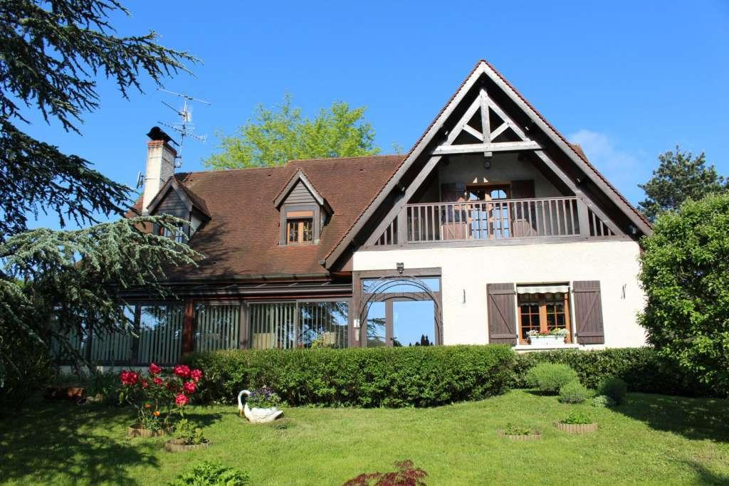 Maison d'architecte proche Auxonne