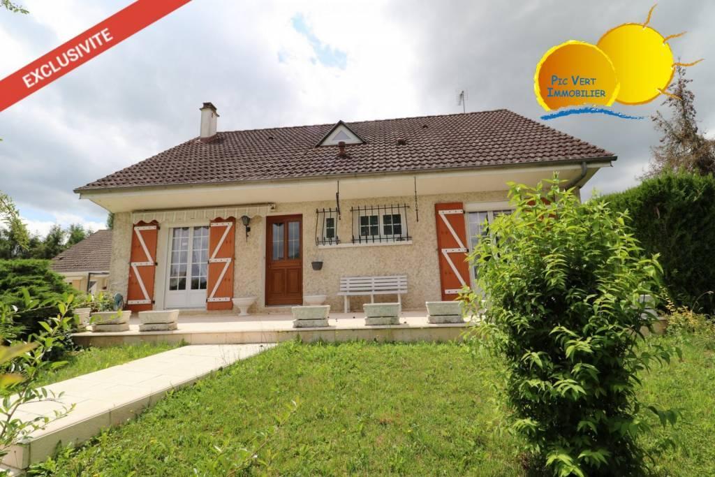 Maison 6 pièces dans quartier calme à Auxonne