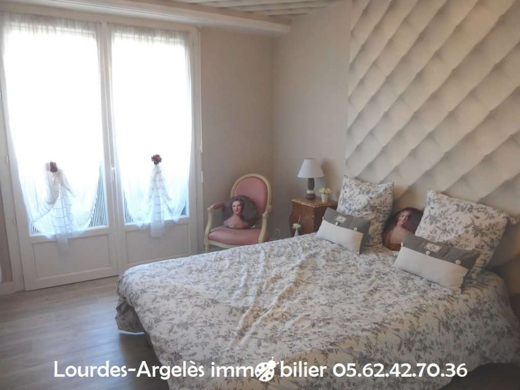 APPARTEMENT T4 - LOURDES CENTRE