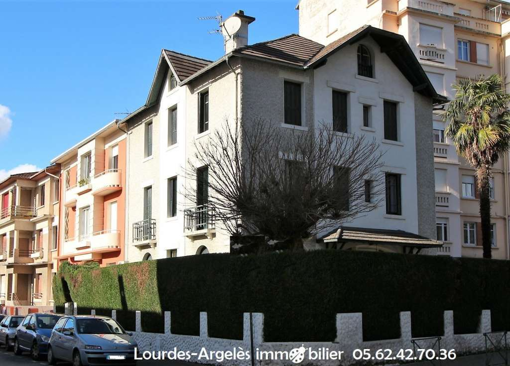 APPARTEMENT Duplex 123 m² - LOURDES centre