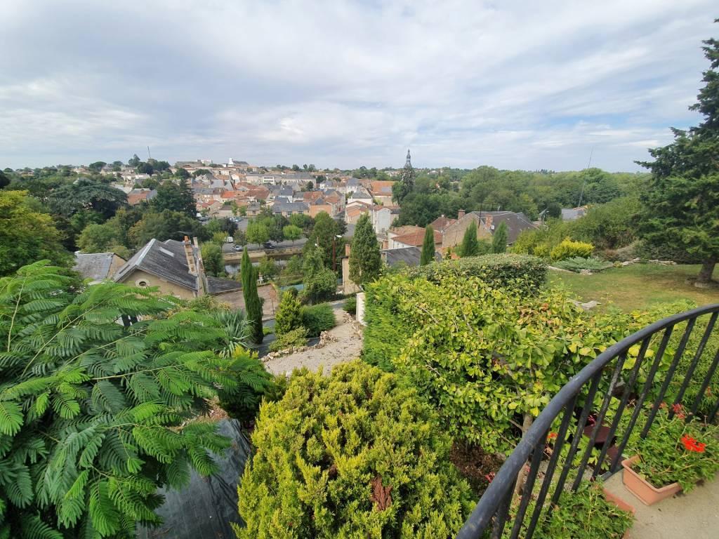 Maison 4 chambres vue panoramique sur Civray
