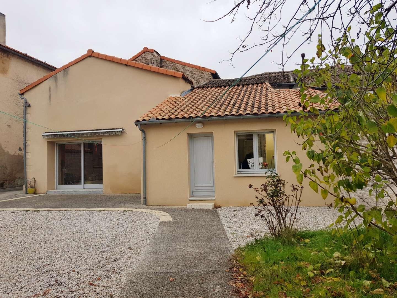 Sale House Villefagnan