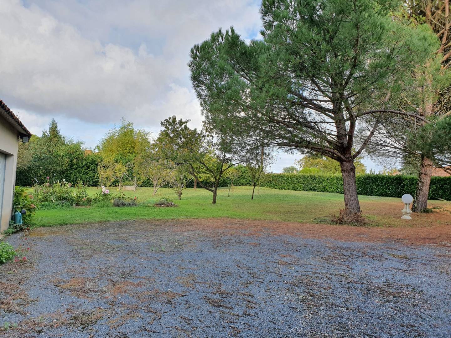 Sale Building land Saint-Saviol