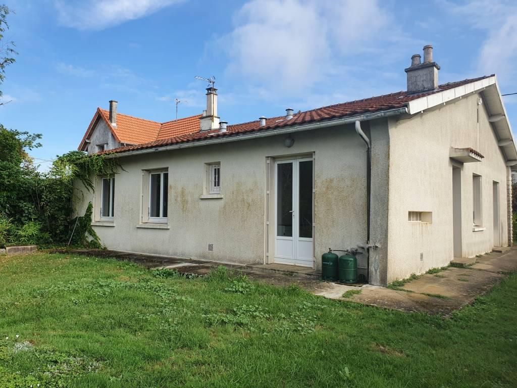 Sale House Champagné-Saint-Hilaire