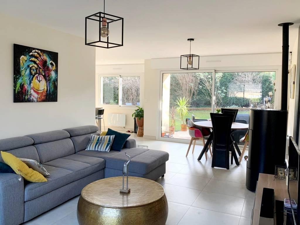 MAISON FAMILIALE DE 147 m² 167 m² utiles
