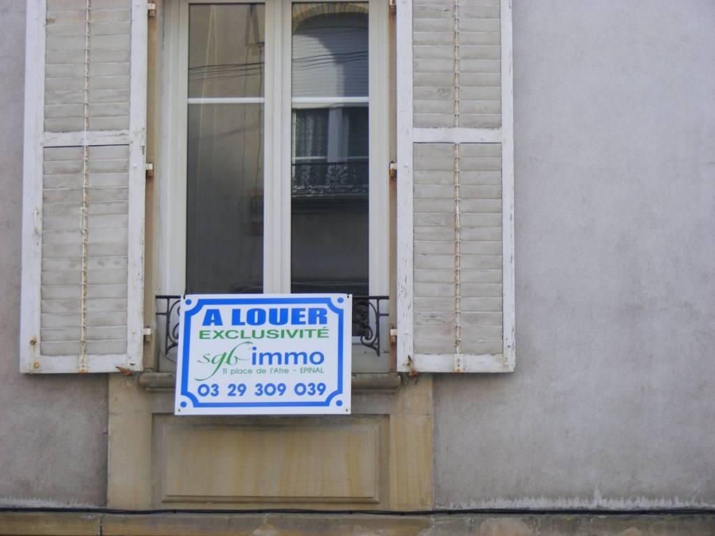 EPINAL, Proche Centre et Gare, Appartement T3 en RDC.
