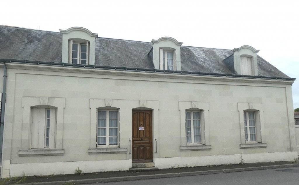 1 18 Vernoil-le-Fourrier