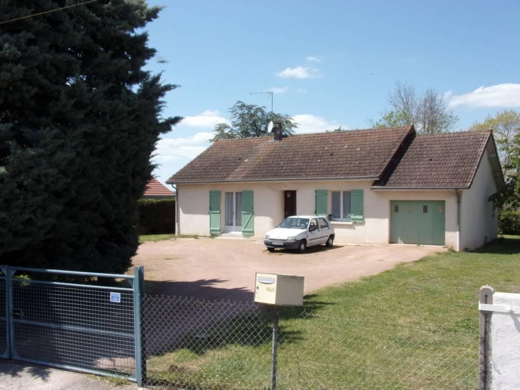 Bessay/Allier, Pavillon plain pied loué