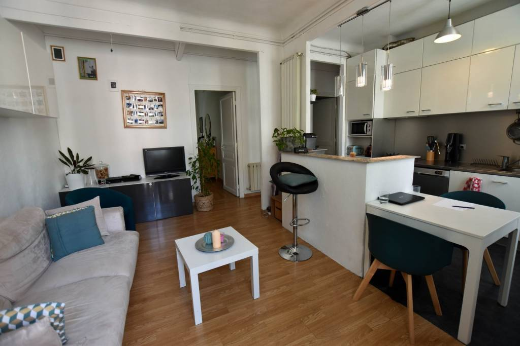 Two bedroom apartment - Nice city centre