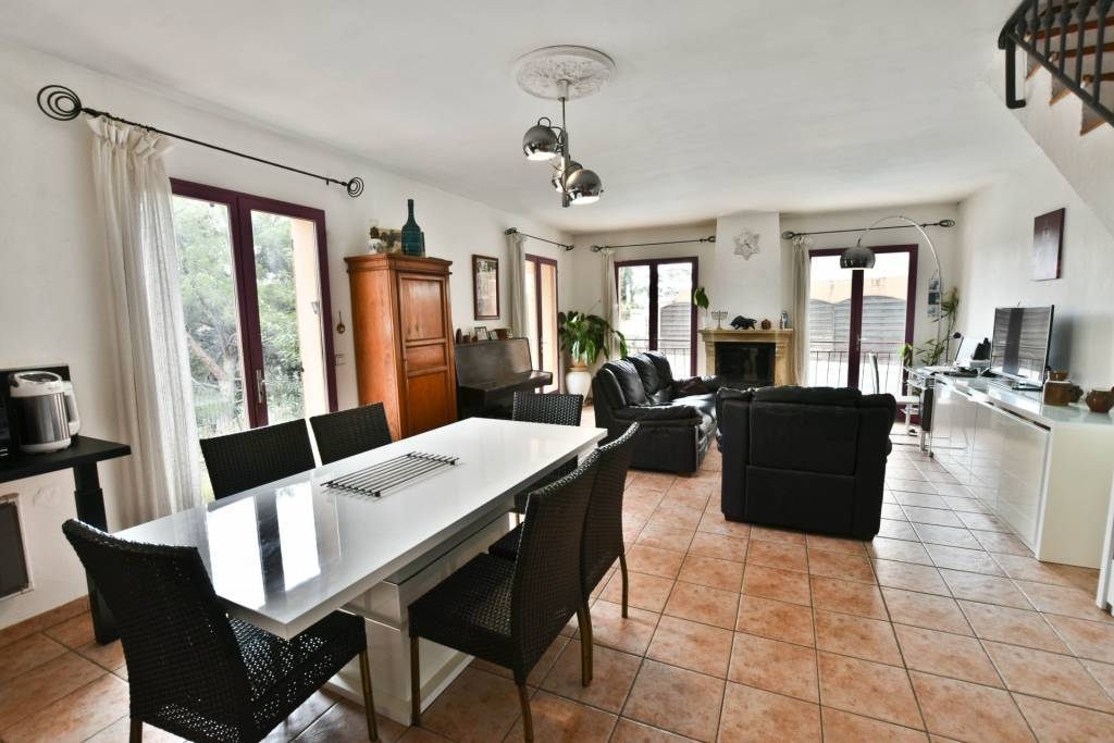 4 bedroom Villa in Nice with swimming pool