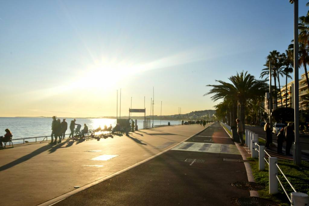 One Bedroom apartment - 100m from the Promenade des Anglais