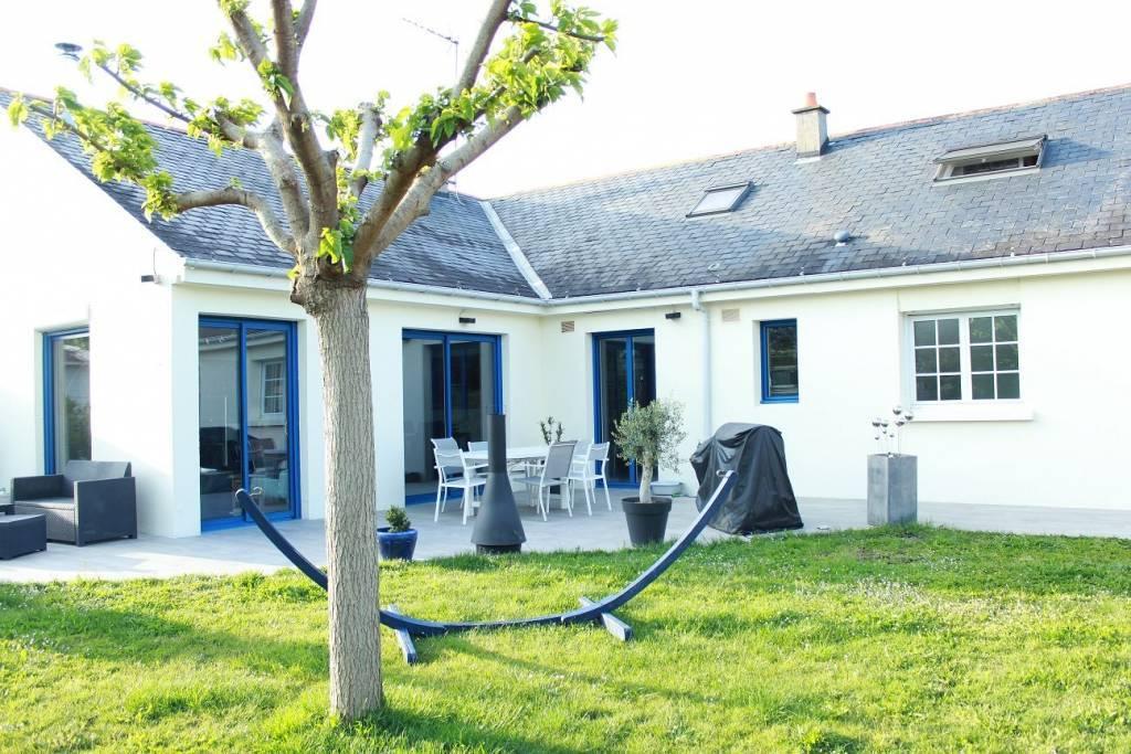 Angers - proche quartier Hutreau : Maison T6 de 153 m². Vie de plain-pied