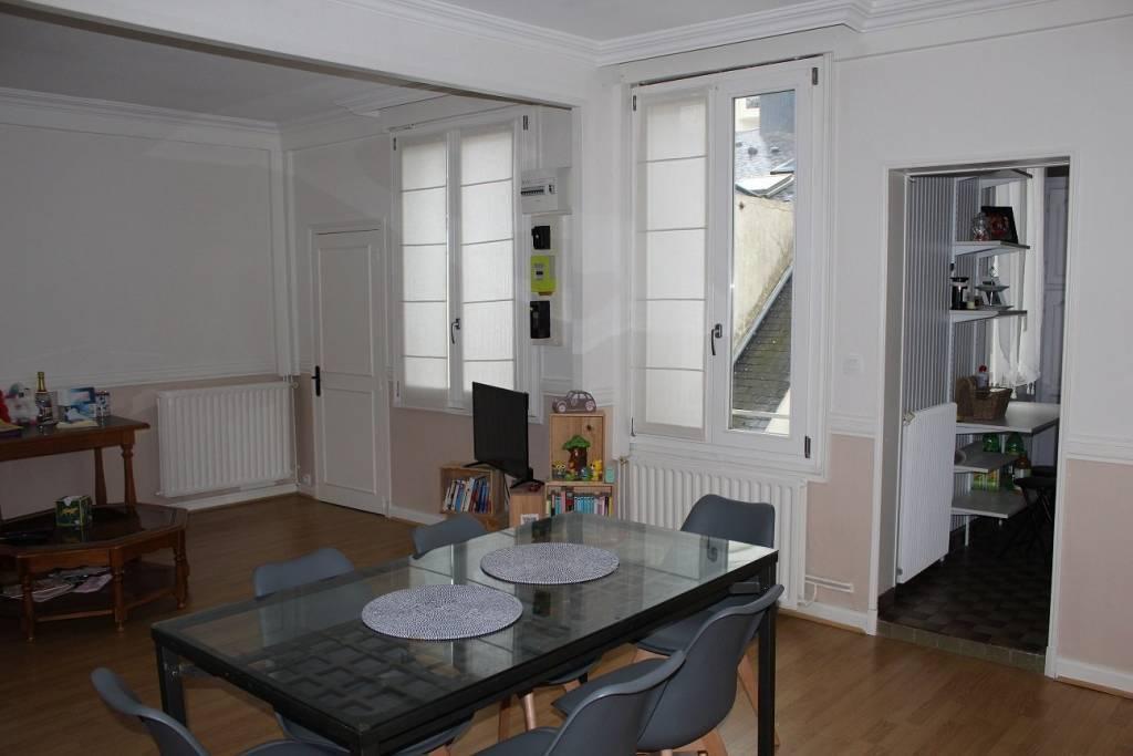 Angers: quartier Gare - Place de La Visitation :