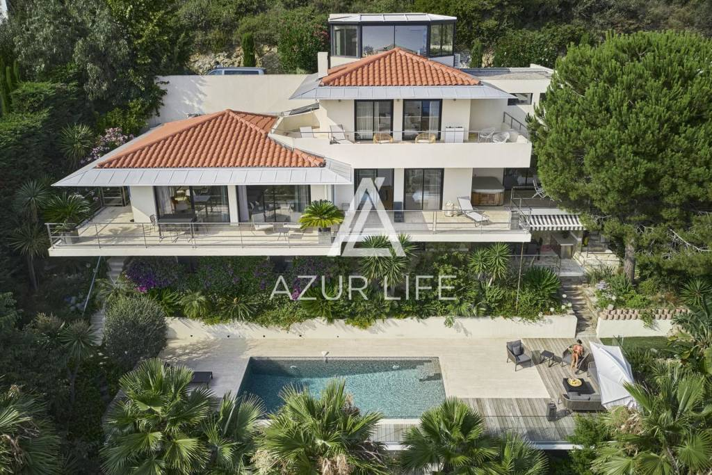 Magnificent villa only a few minutes away from Monaco