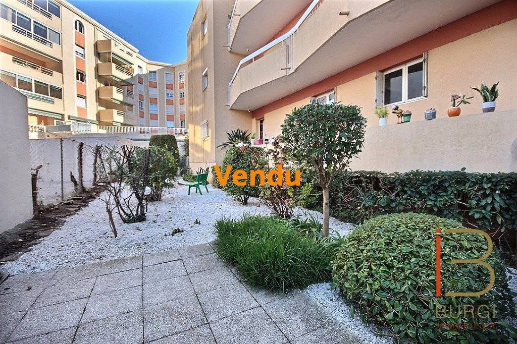 Saint-Raphaël Centre: 4P avec terrasse et jardin. Exclusivité
