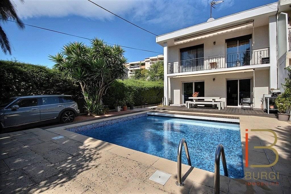 Saint-Raphaël Valescure, villa 7 pièces avec piscine proche du centre, des golfs et des commerces