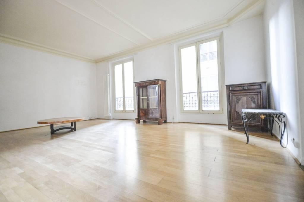 Paris 75003  -    Appartement 4 pièces