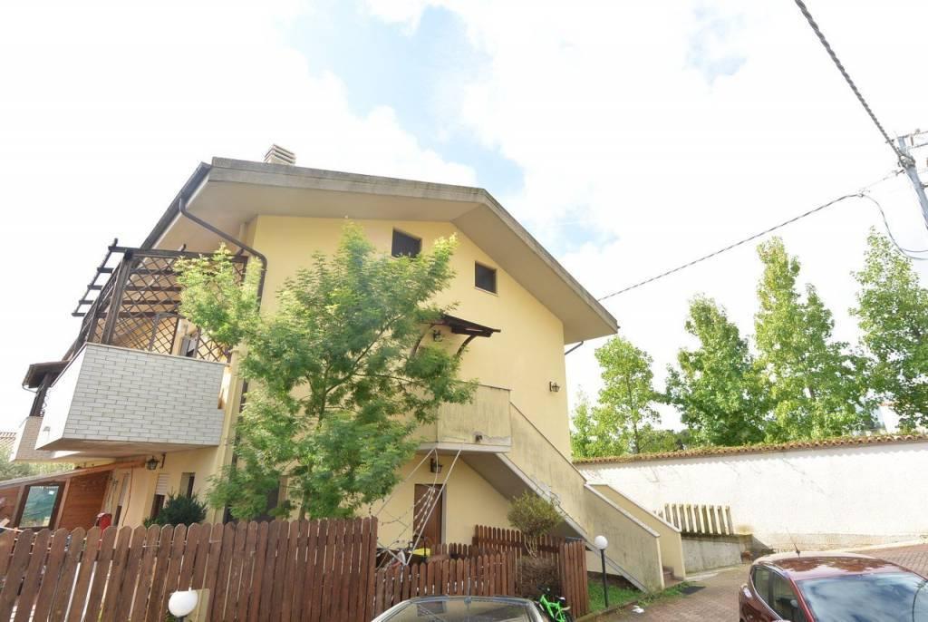 Sale Apartment villa Città Sant'Angelo Fonte Umano-San Martino Alta