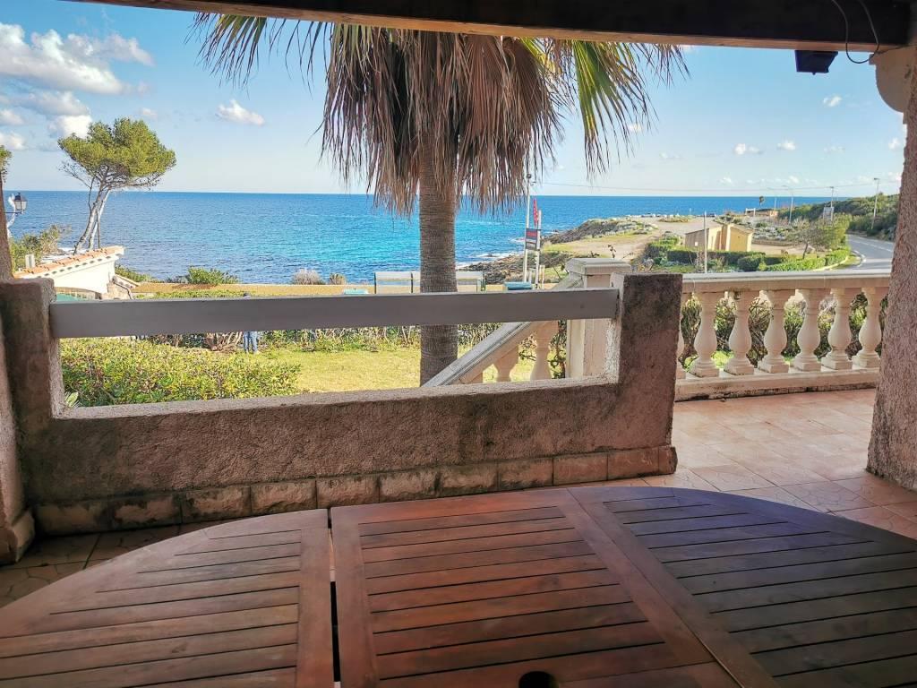 Haut de Villa accès et vue mer