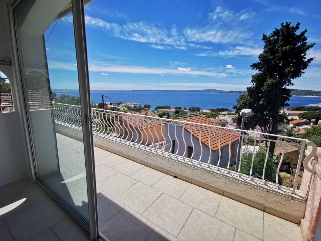 Villa avec une vue mer Panoramique