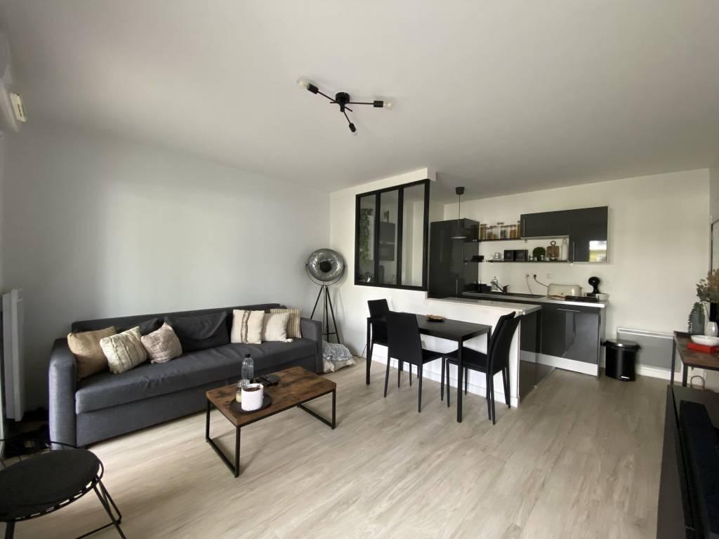 SOUS COMPROMIS DE VENTE : Appartement T3 - 52m² - Sainte-Luce-Sur-Loire