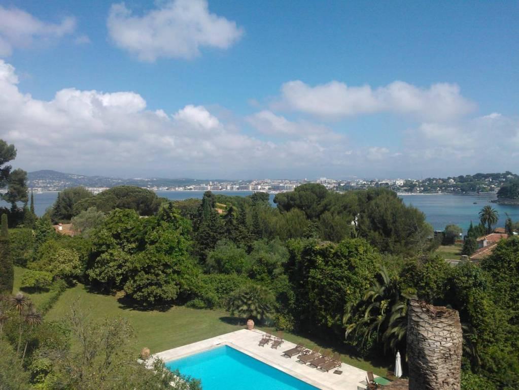 إطلالة رائعة على Cap d'Antibes ، 5 غرف نوم