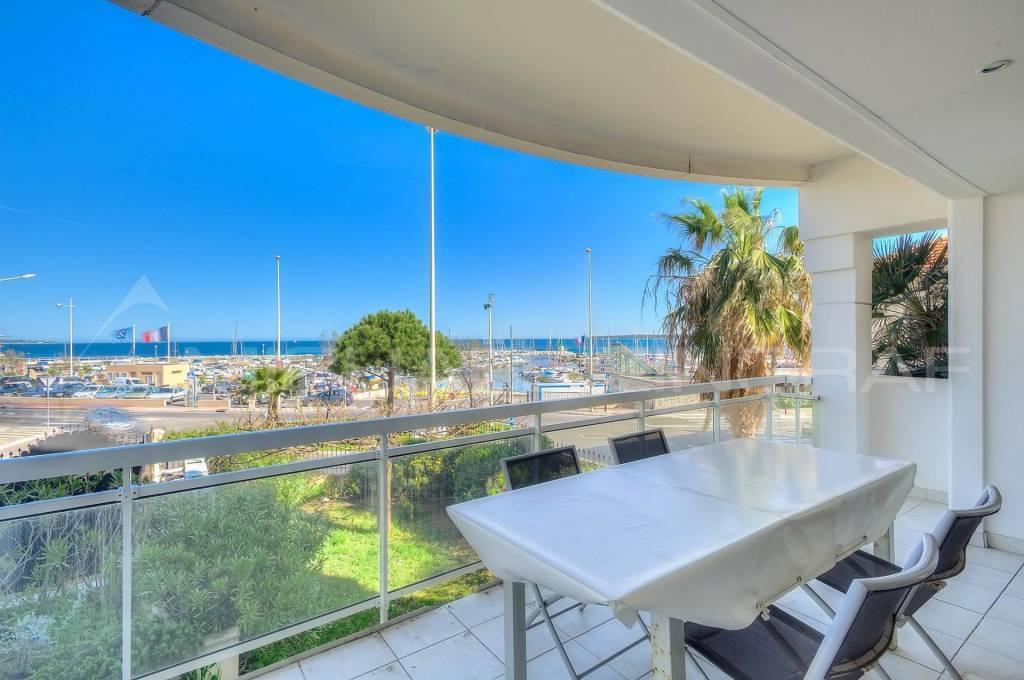 Cannes Palm Beach, vue mer,  appartement à vendre 175 m²