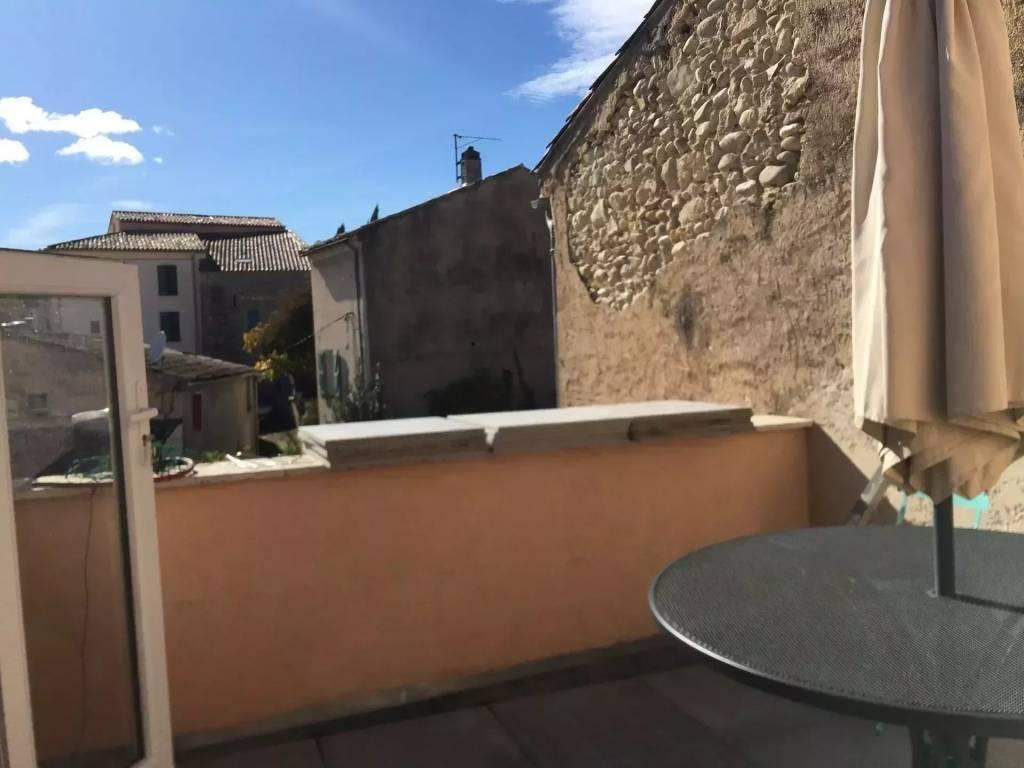 Au centre du village -  4 chambres - terrasse
