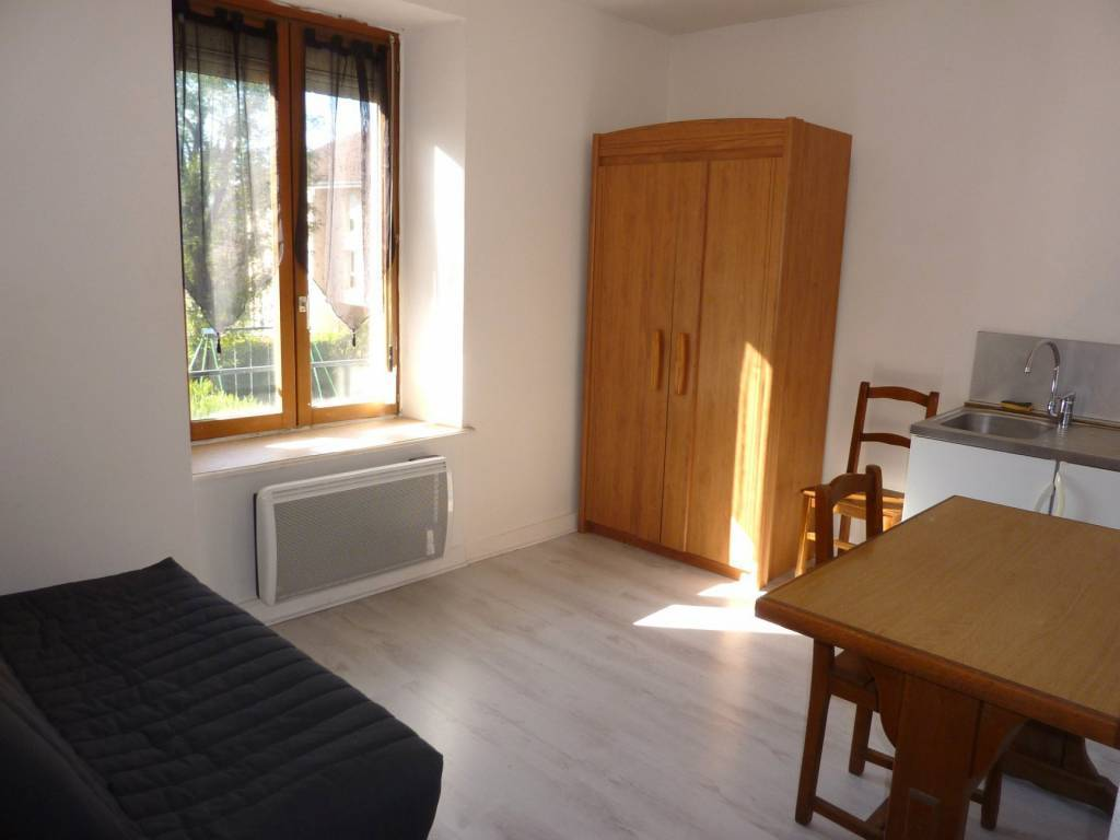Rental Apartment Voujeaucourt