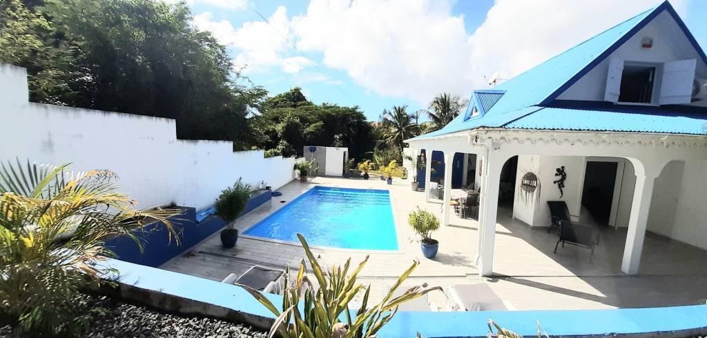 Villa spacieuse avec piscine Saint François