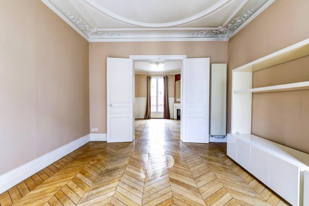 Quartier Notre Dame-Parchamp-Boulogne Nord : Appartement 4 pièces