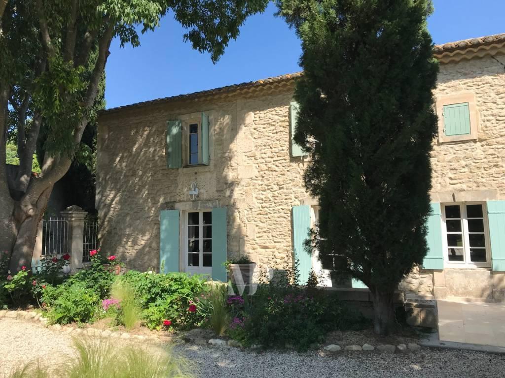 Mas à louer proche de Saint Remy de Provence - Piscine - 6 couchages