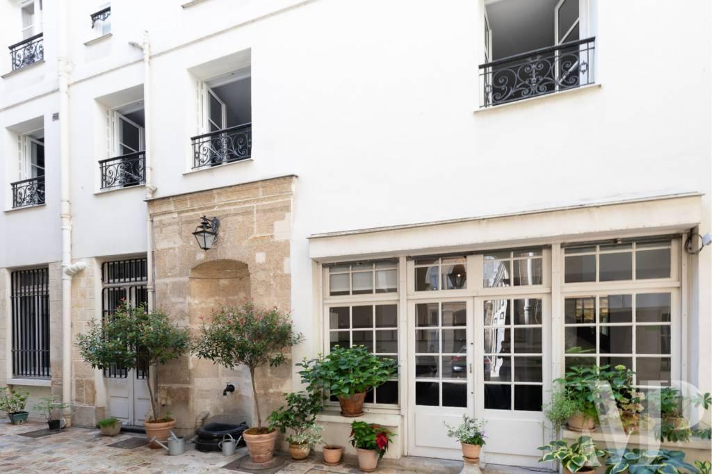 Paris 75007 Duplex atypique  Saint Germain des Prés