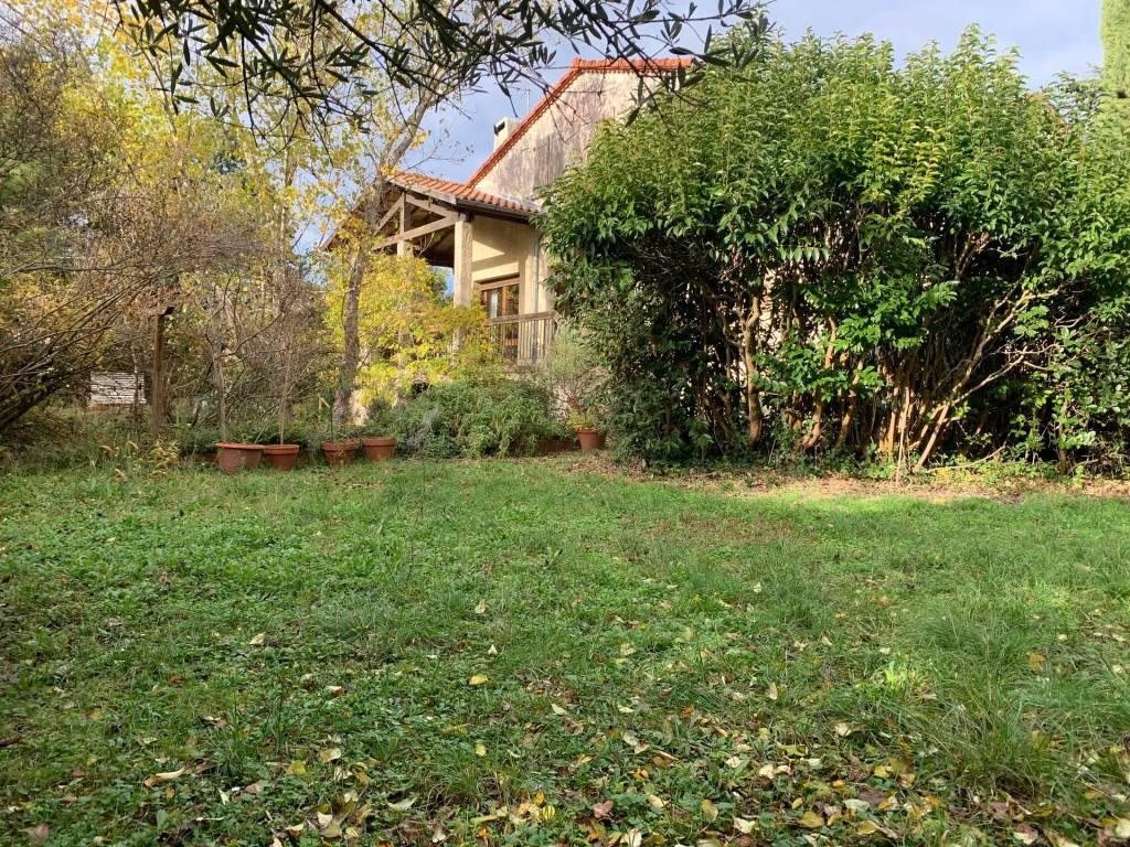 Ramonville Saint Agne - Maison de 172 m² avec 120 m² d'annexes sur une parcelle de 1540 m²