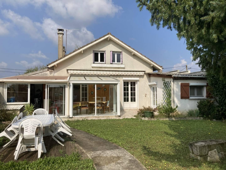 1 18 Brienon-sur-Armançon