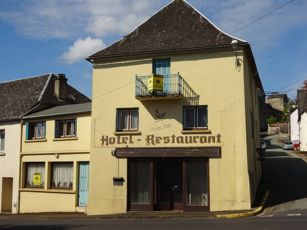 Herment, local commercial 134m²
