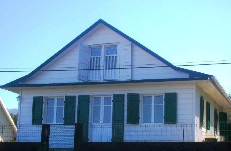 Villa en location à La Plaine Des Cafres avec AV Immobilier